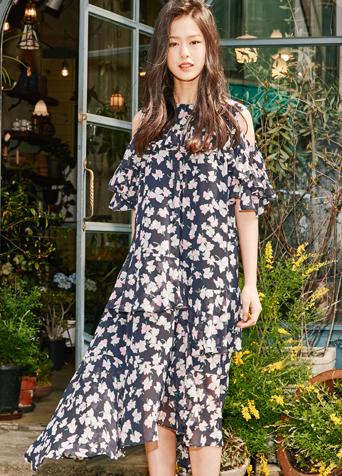 에이프릴 플로럴 드레스