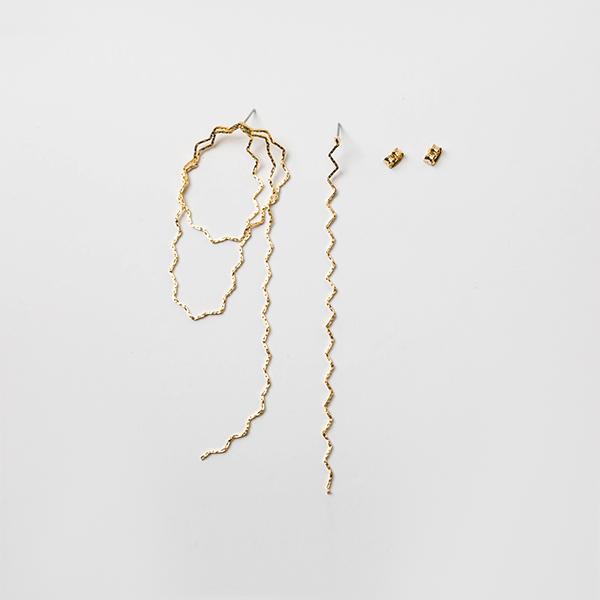 (E-1220)언발란스 웨이브 드롭 귀걸이
