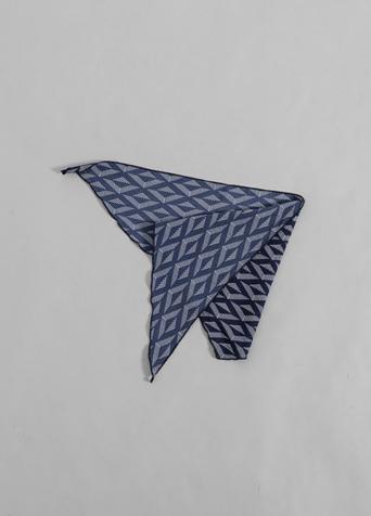 모던 패턴 포인티드 스카프